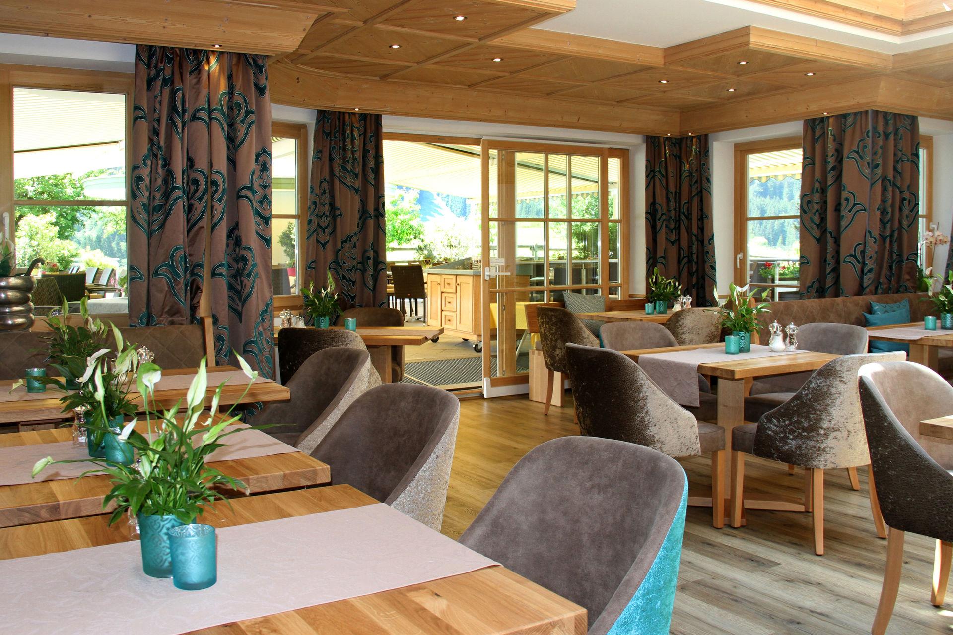 Hotel Komplett Einrichtungen Zimmer Wellness Gastronomie